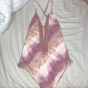 Billabong One Piece Swim😍